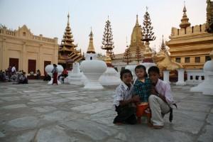 Pagan Birma (16)